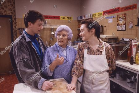 Sean Wilson (as Martin Platt), Jill Summers (as Phyllis Pearce) and Tara Moran (as Christine Carter)
