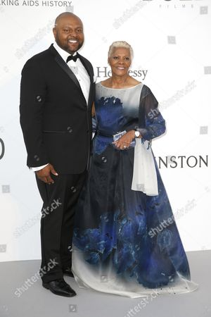 US singer Dionne Warwick (R) and her son music producer Damon Elliott attends the Cinema Against AIDS amfAR gala 2017 held at the Hotel du Cap, Eden Roc in Cap d'Antibes, France, 25 May 2017, within the scope of the 70th annual Cannes Film Festival that runs from 17 to 28 May.