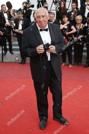French photographer Raymond Depardon arrives for the screening of 'Twin Peaks ' during the 70th annual Cannes Film Festival, in Cannes, France, 25 May 2017. The series is presented out of competition at the festival which runs from 17 to 28 May.