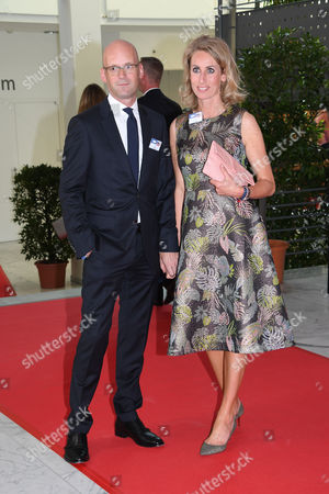Mark Langer with wife