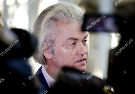 Dutch leader of the far right Party for Freedom (PVV), Geert Wilders (C) talks to the press after his meeting with Health Minister Edith Schippers in The Hague, the Netherlands, 26 May 2017. Schippers was re-appointed as an informer for a new cabinet by the Lower House.