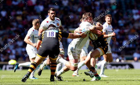 Geoff Parling of Exeter Chiefs takes the ball into the tackle