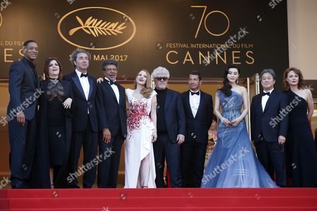 Jury members (L-R)  US actor Will Smith,  French actress Agnes Jaoui,  Italian director Paolo Sorrentino, French composer Gabriel Yared, US actress Jessica Chastain, Spanish director Pedro Almodovar, Chinese actress Fan Bingbing, South-Korean director Park Chan-Wook and German director Maren Ade arrive for the Closing Awards Ceremony of the 70th annual Cannes Film Festival, in Cannes, France, 28 May 2017. The Golden Palm winning movie will be screened after the closing ceremony.