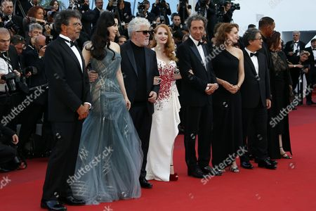Jury members (L-R) French composer Gabriel Yared, Chinese actress Fan Bingbing, Spanish director Pedro Almodovar, US actress Jessica Chastain, Italian director Paolo Sorrentino, French actress Agnes Jaoui, South-Korean director Park Chan-Wook, German director Maren Ade and  US actor Will Smith arrive for the Closing Awards Ceremony of the 70th annual Cannes Film Festival, in Cannes, France, 28 May 2017. The Golden Palm winning movie will be screened after the closing ceremony.