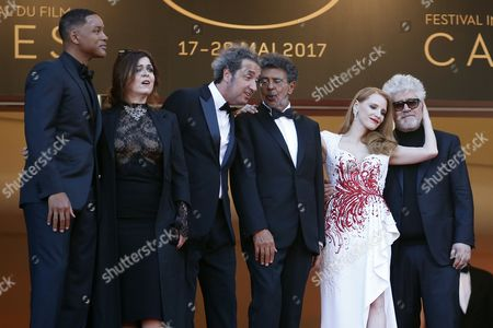 Jury members (L-R)  US actor Will Smith,  French actress Agnes Jaoui,  Italian director Paolo Sorrentino, French composer Gabriel Yared, US actress Jessica Chastain, Spanish director Pedro Almodovar arrive for the Closing Awards Ceremony of the 70th annual Cannes Film Festival, in Cannes, France, 28 May 2017. The Golden Palm winning movie will be screened after the closing ceremony.