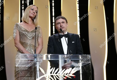 Romanian director Cristian Mungiu and US actress Uma Thurman attend the Closing Awards Ceremony of the 70th Cannes Film Festival, in Cannes, France, 28 May 2017. The Golden Palm winning movie will be screened after the closing ceremony.