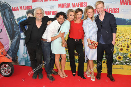 Stock Picture of Tommaso Ragno, Serkan Kaya, Lisa Maria Potthoff, Jule Ronstedt, Monika Gruber, David Zimmerschied,