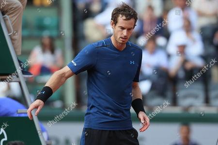 Andy Murray wins against Andrey Kuznetsov