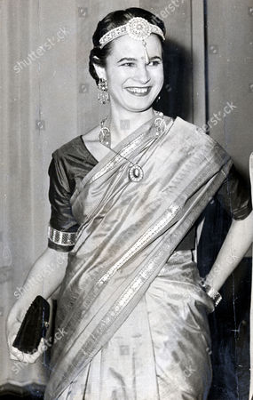 Countess Of Harewood Wife Of The 7th Earl Of Harewood. They Were Divorced In 1967. She Married Jeremy Thorpe In 1973 Pictured As An Indian Princess. Nee Maria Donata Nanetta Paulina Gustava Erwina Wilhelmina (marion) Older Daughter Of Late Erwin Stein.