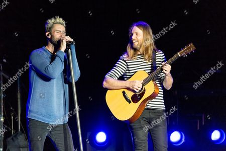 Maroon 5 - Adam Levine and James Valentine