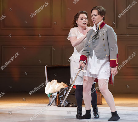 Rebecca Evans as Princess of Werdenberg and Lucia Cervoni as Octavian