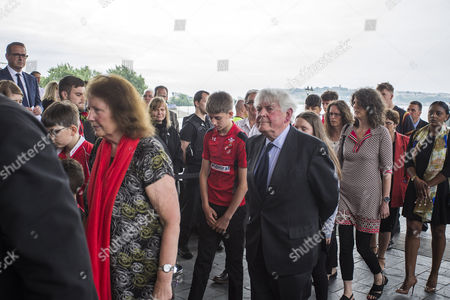 Family and brother Rhys (Centre) of Former First Minister of Wales Rhodri Morgan