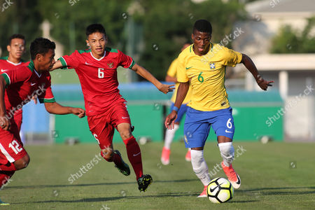 Michael Dos Santos De Almeida of Brazil in action during Brazil Under-20 vs Indonesia Under-20, Toulon Tournament Football at Stade d'Honneur Marcel Roustan on 31st May 2017
