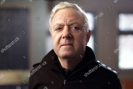 (Episode 1) - John Sessions as CI Frank Smilie.