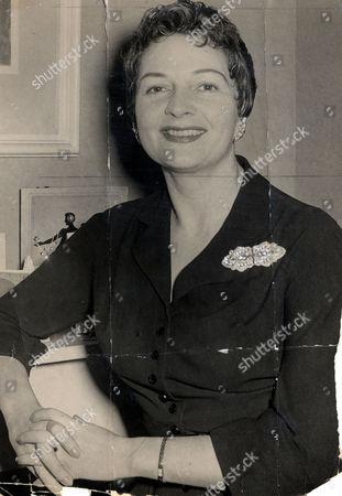 Actress Coral Browne (died 5/91)