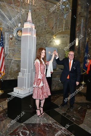 Julianne Moore and John Feinblatt