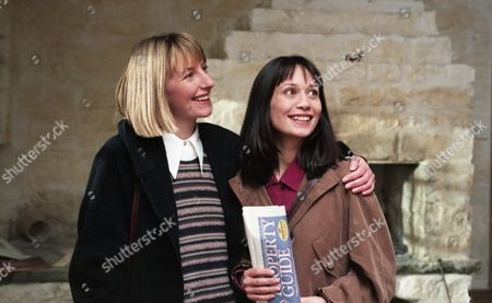 Zoe and Emma view a suitable house. They decide to make an offer - With Zoe Tate, as played by Leah Bracknell, and Emma Nightingale, as played by Rachel Ambler. (Ep 1959 - 28th March 1995).