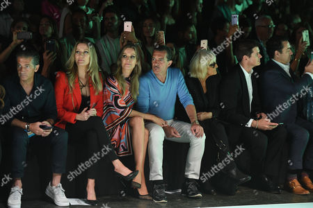 Barbara Kimpel, Nicole Kimpel, Antonio Banderas, Barbara Hulanicki, Julio Iranzo in the Front Row