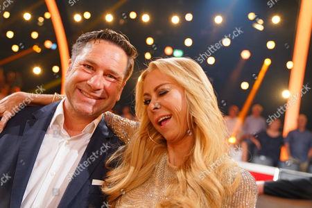 Jenny Elvers (l) mit ihrem Anwalt Christian-Oliver Moser