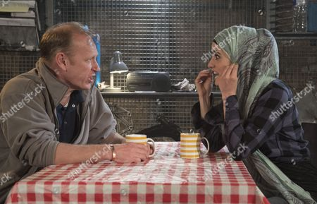 Nigel Hastings as Andy, Shireen Farkhoy as Samina