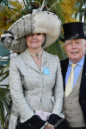 Lord Julian Fellowes, Lady Emma Fellowes