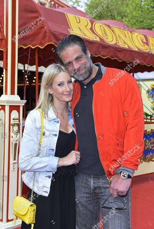 Carsten Spengemann and partner Julia Gross