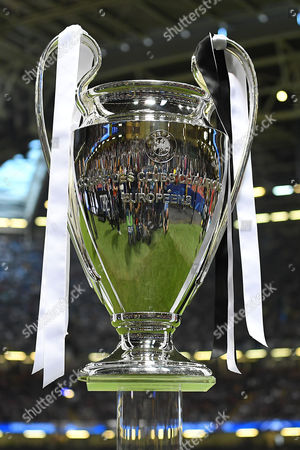 uefa pokal stock pictures editorial images and stock photos shutterstock https www shutterstock com editorial search uefa pokal