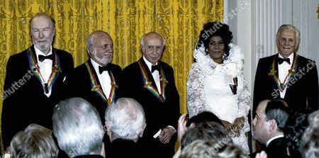The honorees L-R Pete Seeger, Harold Prince, Morton Gould, Aretha Franklin, Kirk Douglas.