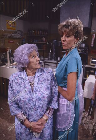 Jill Summers (as Phyllis Pearce) and Sue Jenkins (as Audrey Roberts)