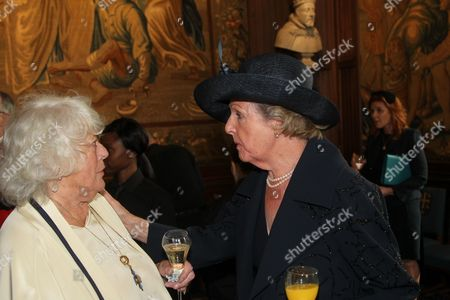 Anne Hart speaks with Dame Penelope Keith DBE DL
