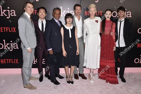 Paul Dano, Steven Yeun, Giancarlo Esposito, Seo-Hyeon Ahn, Brad Pitt, Tilda Swinton, Lily Collins, Devon Bostick