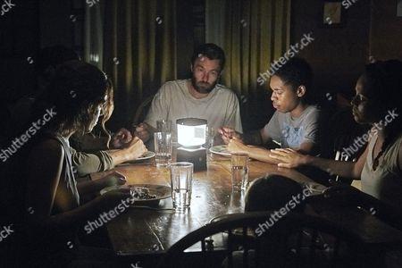 """Redakční fotka na téma """"It Comes At Night"""" Film - 2017"""
