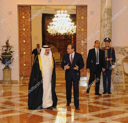 Egyptian President Abdel Fattah al-Sisi meets with King of Bahrain Hamad bin Issa al-Khalifa