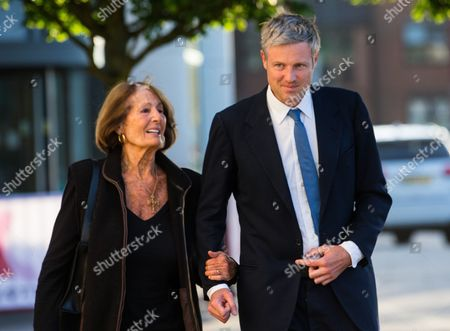 Zac Goldsmith arrives at Twickenham stadium with his mother Lady Annabel Goldsmith