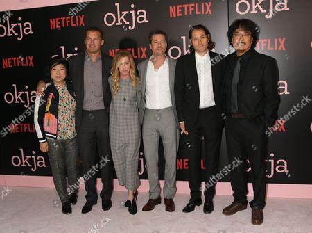 L-R: Christina Ho, Erik Jan de Boer, Dede Gardner, Brad Pitt, Jeremy Kleiner, Joon-ho Bong