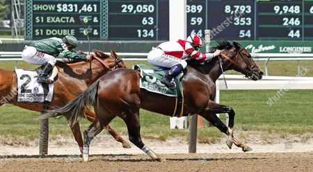 SONGBIRD (Mike Smith) wins The 49th running of The Ogden Phipps Stakes at Belmont Park USA