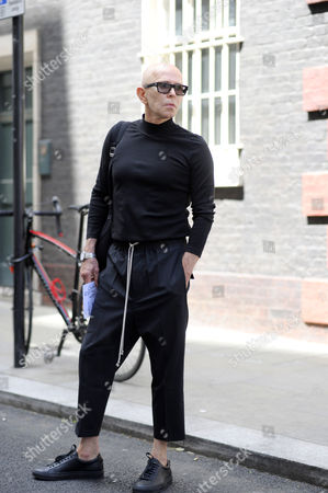 Creative director James Gager arriving for the Chalayan SS18 Fashion Show, Bourdon Street. London Fashion Week Mens, June 2017.