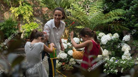 Stock Picture of Berenice Bejo, Margaux Soentjens, Jade Soentjens