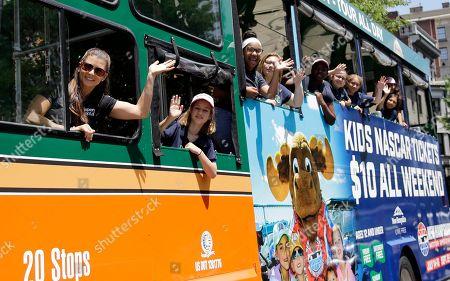 Danica Patrick Mobile Bus Home on whoopi goldberg bus, jeff gordon bus, michael jordan bus, justin bieber bus, taylor swift bus,