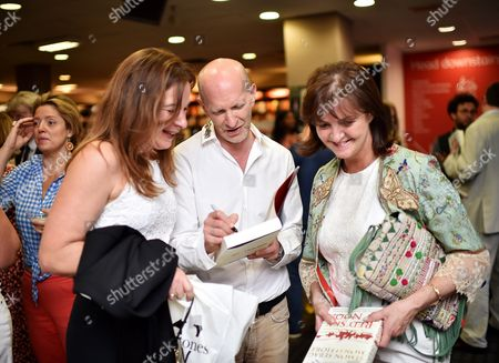Simon Sebag-Montefiore and fans