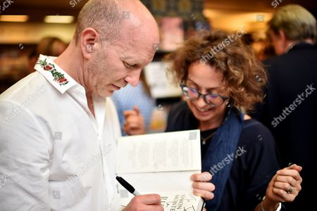 Simon Sebag-Montefiore and fan