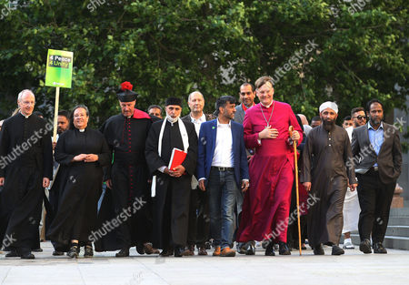 Stock Image of (Left to Right/Front) The Dean of St Pauls, The Very Reverend David Ison ; Canon Tricia Hillas of St Pauls; Reverend Alan Green of Bethnal Green; Dr Sheikh Ramzy, Director Oxford Islam Centre; Jehangir Malik, CEO of Muslim Aid; Bishop of Fulham, Jonathan Baker