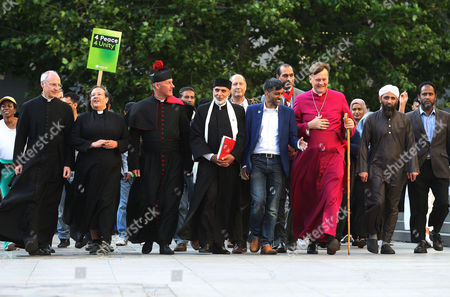 (Left to Right/Front) The Dean of St Pauls, The Very Reverend David Ison ; Canon Tricia Hillas of St Pauls; Reverend Alan Green of Bethnal Green; Dr Sheikh Ramzy, Director Oxford Islam Centre; Jehangir Malik, CEO of Muslim Aid; Bishop of Fulham, Jonathan Baker