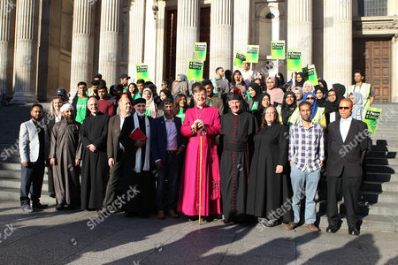 (Front) the Dean of St Pauls, The Very Reverend David Ison ; Dr Sheikh Ramzy (Director of the Oxford Islam Centre); Jehangir Malik (CEO of Muslim Aid); Bishop of Fulham, Jonathan Baker ; Reverend Alan Green of Bethnal Green and Canon Tricia Hillas of St Pauls