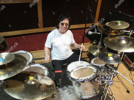 """Stock Photo of Drummer and vocalist Peter Criss rehearses in a New York City studio for his final U.S. performance on Saturday, June 17. The co-founding member of Kiss best known for the hit single """"Beth"""" says he wants to leave the stage on his own terms after a series of unhappy endings with Kiss, and to say goodbye to his fans"""