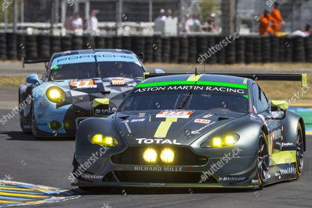 98 ASTON MARTIN RACING, ASTON MARTIN VANTAGE, Paul DALLA LANA CAN, Pedro LAMY PRT, Mathias LAUDA AUT, 77 DEMPSEY-PROTON RACING, PORSCHE 911 RSR (991), Christian RIED DEU, Matteo CAIROLI ITA, Marvin DIENST DEU during the 24 Hours of Le Mans 2017 race at Le Mans, Le Mans