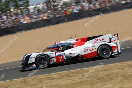 Toyota Gazoo Racing (starting no.7) in a Toyota T050 Hybrid with Stephane Sarrazin of France, Mike Conway of Great Britain and Kamui Kobayashi of Japan take part in the Le Mans 24-Hour race in Le Mans, France, 17 June 2017.