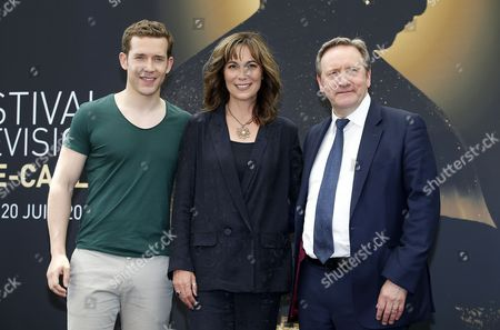 British actors Nick Hendrix (L), Fiona Dolman (C) and Neil Dudgeon (R) pose during a photocall for the TV series 'Midsomer Murders' at the 57th Monte Carlo Television Festival in Monaco, 18 June 2017. The event will take place from 16 to 20 June.