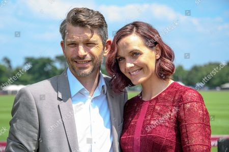 Stock Photo of Victoria Pendleton and Scott Gardner