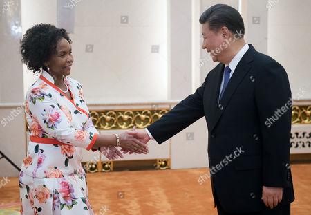 Xi Jinping and Maite Nkoana-Mashabane